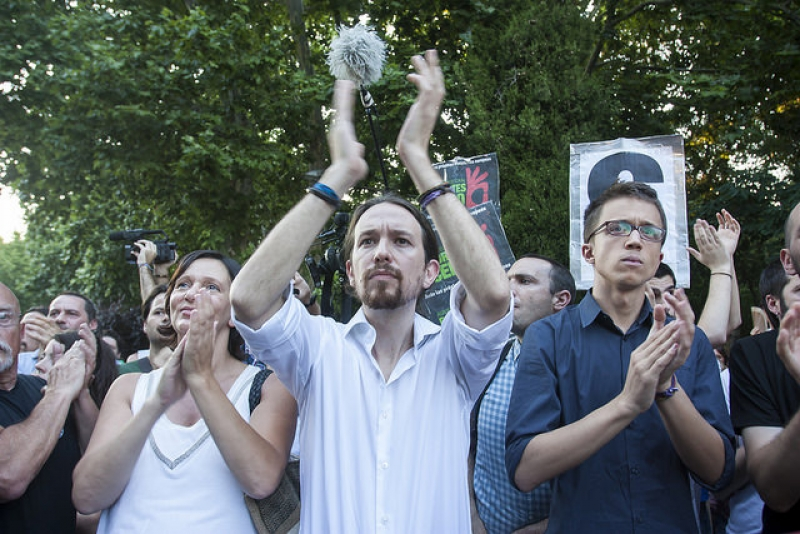 Podemos: We stand firm on the side of democracy, we stand with the Greek people